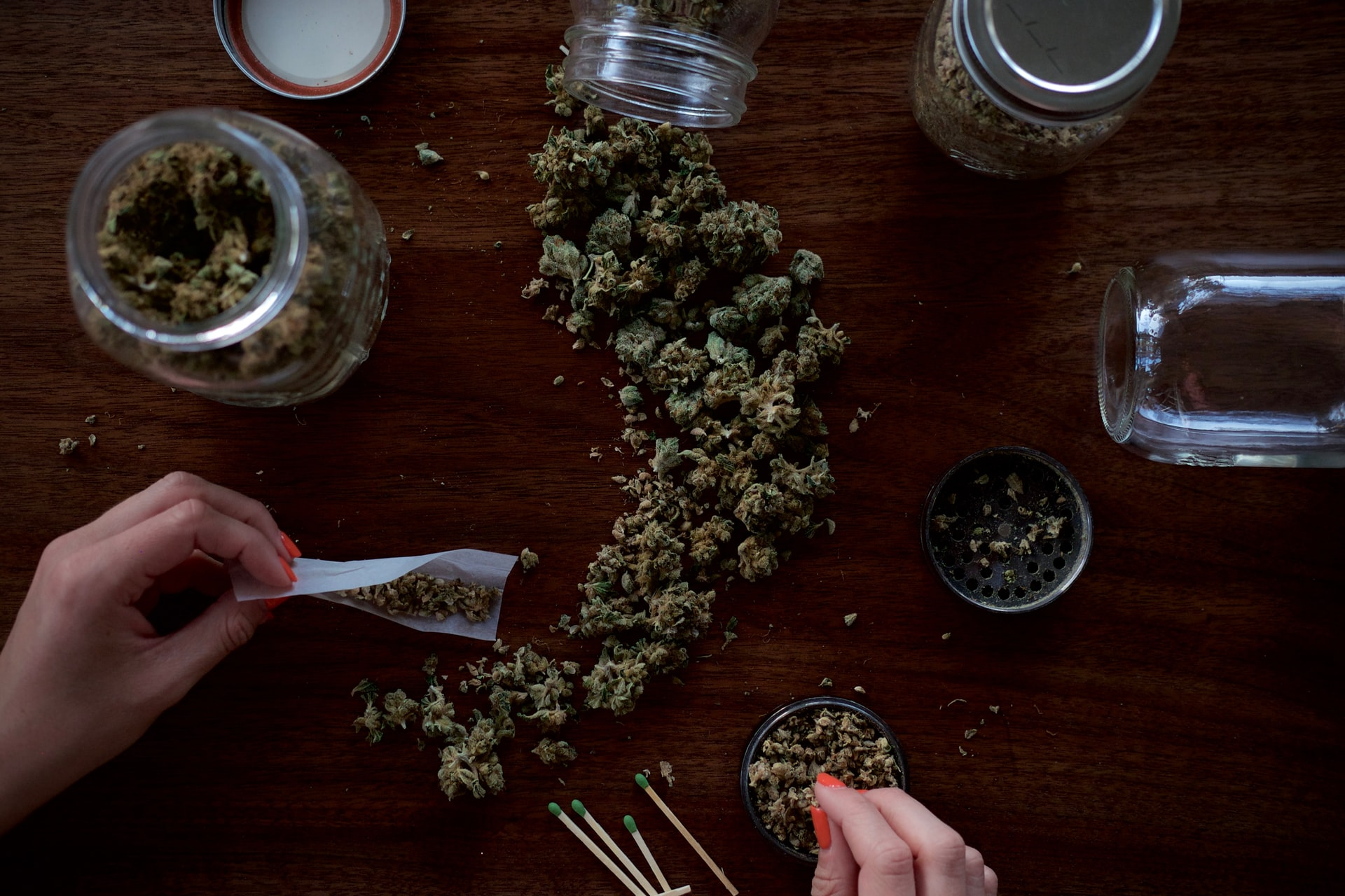 making a joint on wooden table