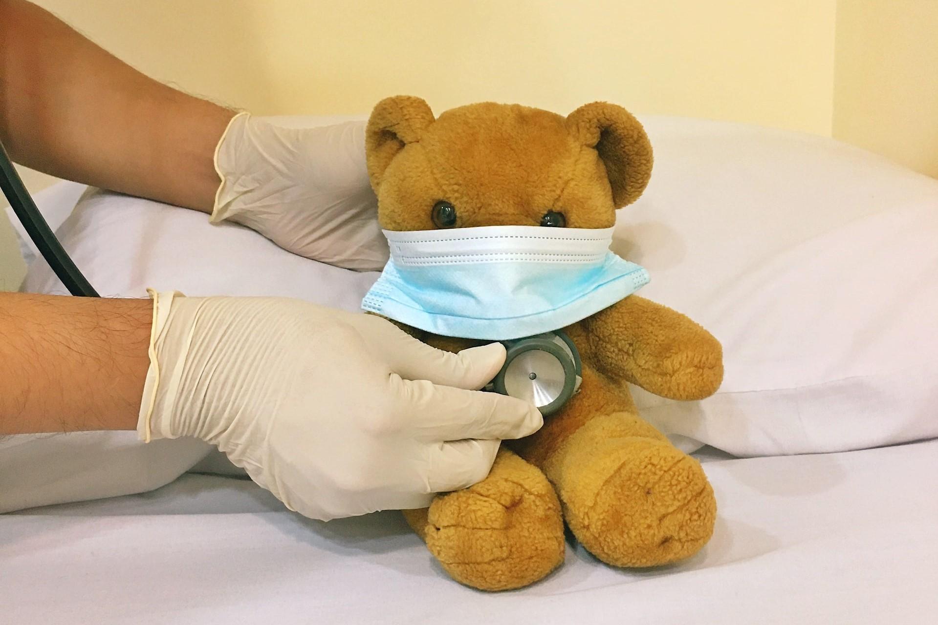 teddybear with face mask